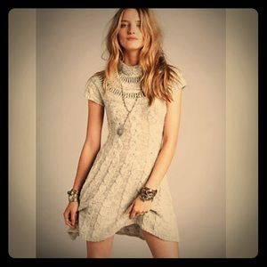 FREE PEOPLE cable fit/flare Sweater Dress Size XS